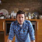 Jamie Oliver stars in Jamie's 30 Minute Meals