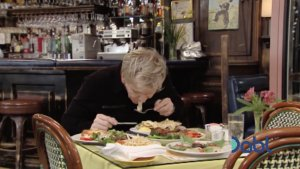 Gordon Spits Out Seafood Crepe
