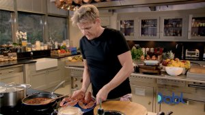 Gordon preparing lobsters